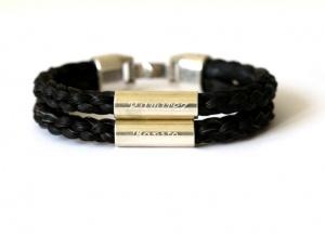 WA002 Armband geflochten mit zwei langen Armband geflochten aus Pferdehaar mit zwei langen Echtsilbergravurröhrchen