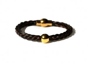 GA001B Armband geflochten mit einer vergoldeten Perle